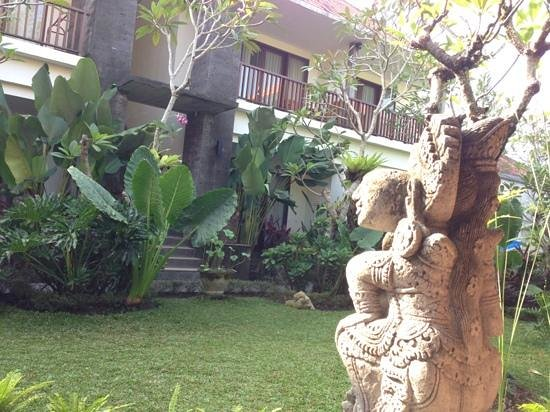 Bumi Muwa Ubud: From the breakfast area, overlooking the rooms
