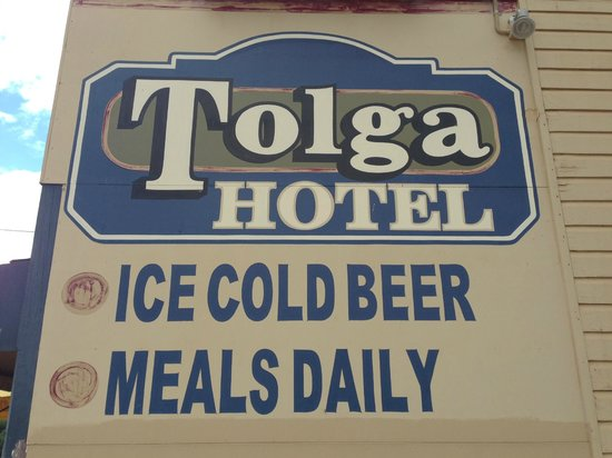 The Tolga hotel : Cold beer, great meals