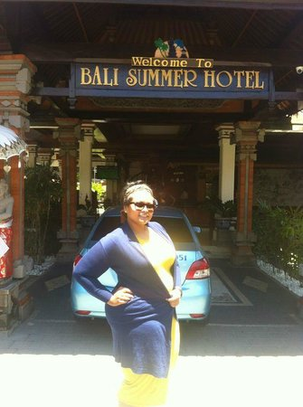 Bali Summer Hotel: Happy me