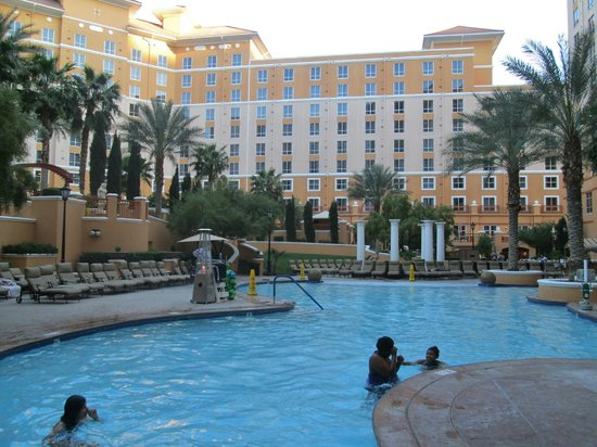 Wyndham Grand Desert: Kids pool area in the afternoon