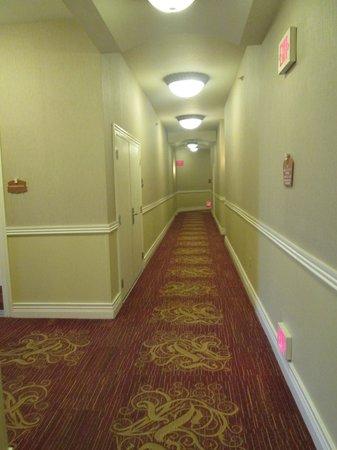 Wyndham Grand Desert: Hallways