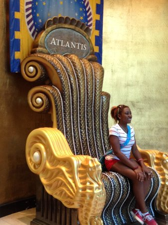 Queen's Staircase: My throne. Get up