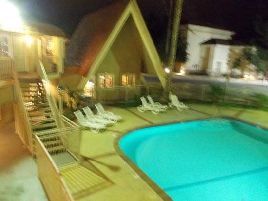 Quality Inn Thousand Oaks: Pool