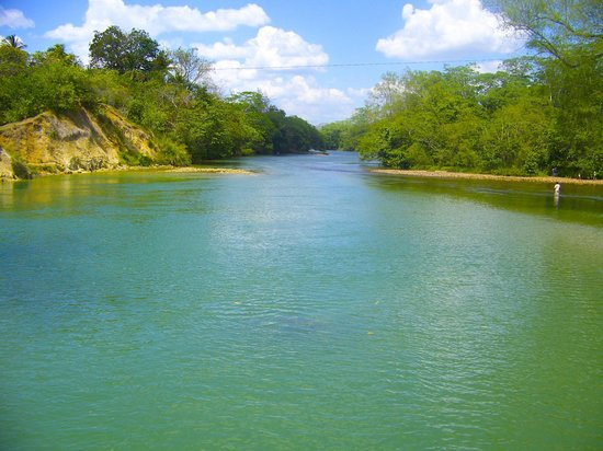 Midas Belize: River is within walking distance