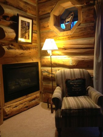 Bentwood Inn Jackson Hole: Indian Paint Brush Room