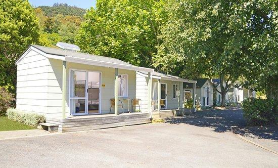 Picton Top 10: Deluxe Standard Cabin