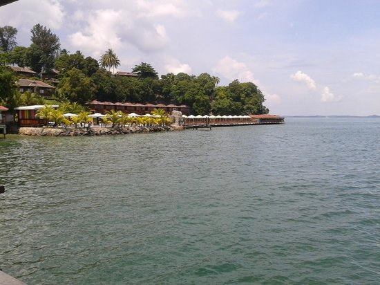 KTM Resort Batam: The sea view rooms. Picture take from restaurant