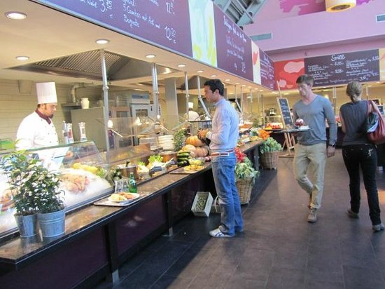 ka de we food department cafe restaurant picture of kaufhaus des westens kadewe berlin. Black Bedroom Furniture Sets. Home Design Ideas