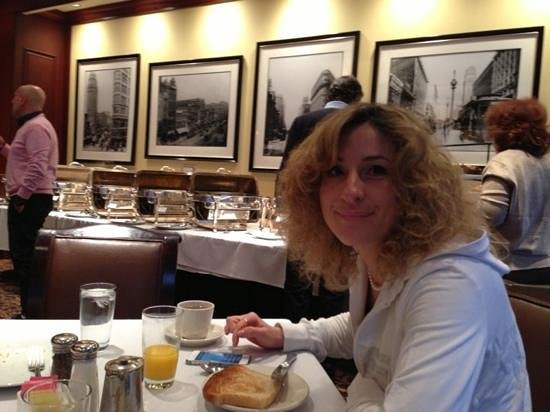 Omni San Francisco Hotel: sala colazione