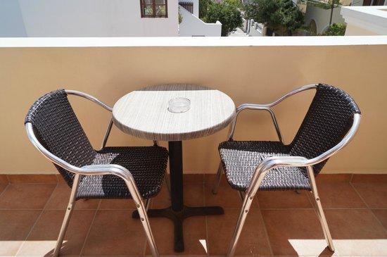 Antonia Hotel Santorini: Terrace