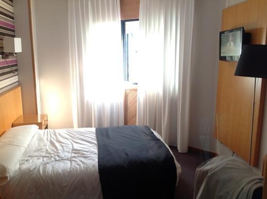 Hotel Palacio de Cristal: ROOM 204