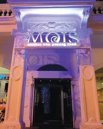 MOIS Club