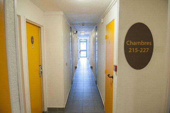 Egg Hotel Goussainville CDG : Couloir