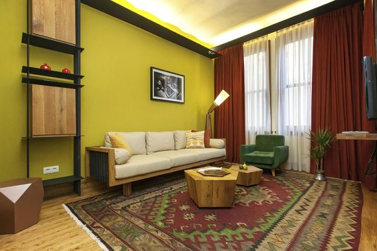 Homage Istanbul Serviced Apartments: Living room