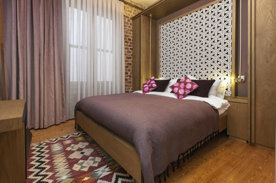 Homage Istanbul Serviced Apartments: Bedroom with Queen size bed