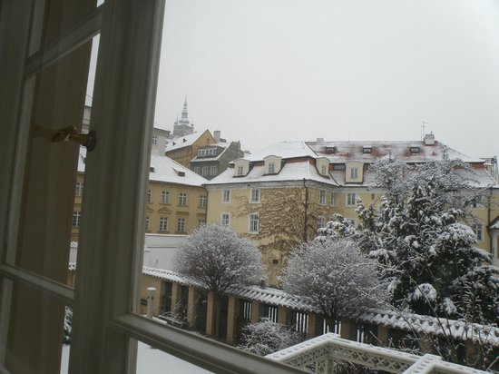 Appia Hotel Residences: View from the window in a snowy day