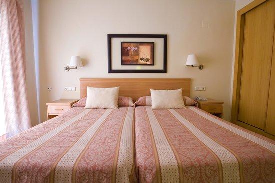 Hotel Cristina: DOBLE STANDART