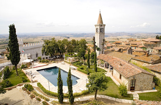 Castello delle Serre: Views of the property