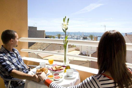 Hotel Cristina: VISTAS