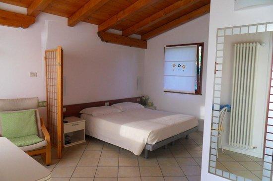 Casa Daniela: camera da letto della depandance