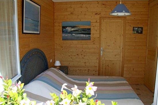 Cap-Ferret, France : chambre bleue 1 lit 160 cm