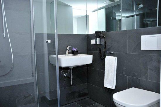 Lindemann's: Badezimmer Basiczimmer