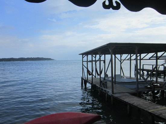 Cocomo on the Sea : View from the common deck/lounging area