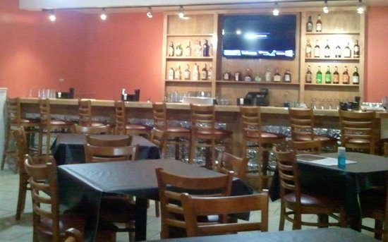 Amigos Sports Cafe: Renovated sports room