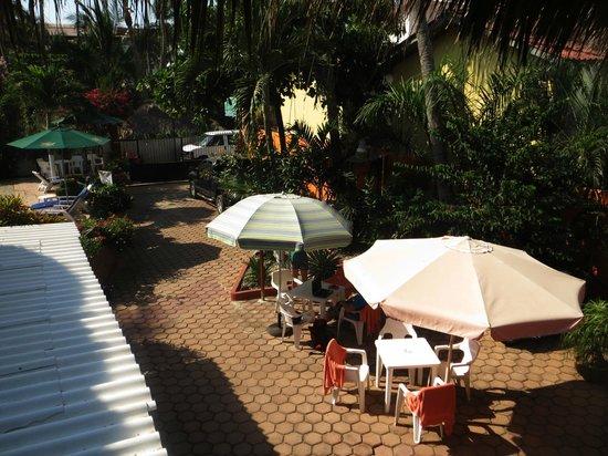 Hotelito Swiss Oasis: cortile