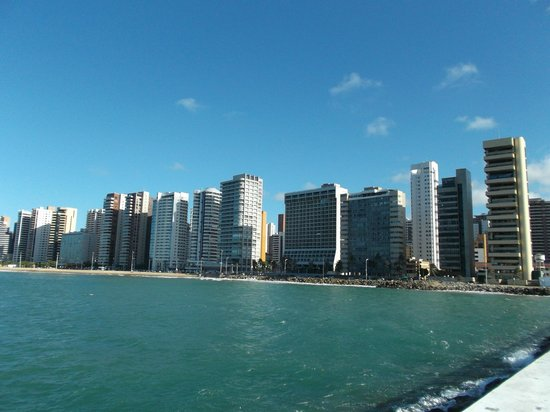 Fortaleza, CE: Vista a la Playa desde la Barra.