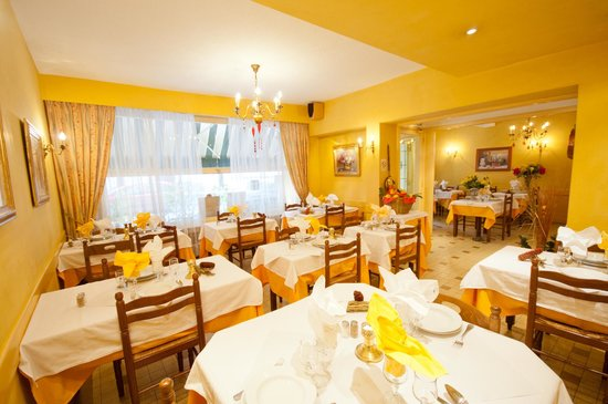 Hotel Restaurant Saint Vincent: SALLE A  MANGER