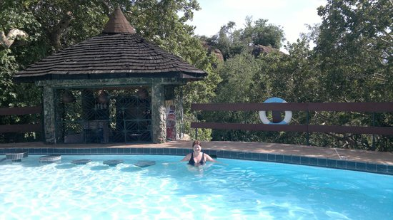 Tarangire Sopa Lodge: A quick dip to cool down :o)
