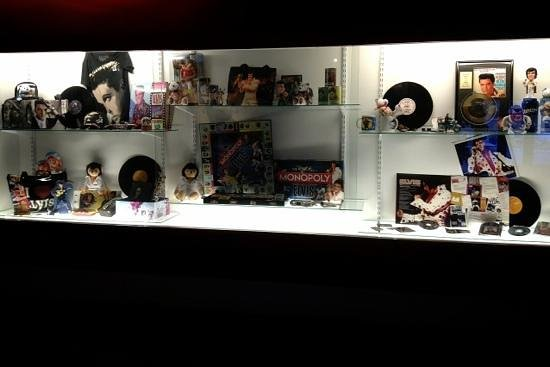 Teddy Bear World Hawaii: Elvis Presley collections