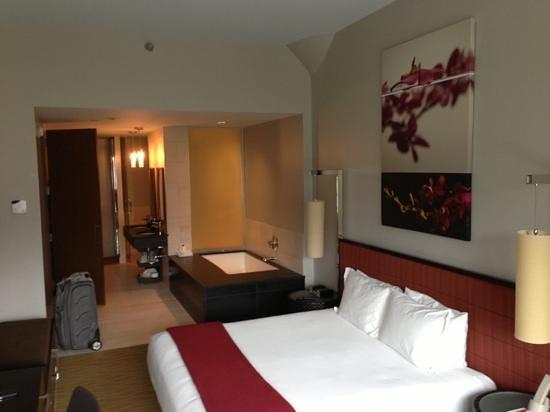 Kimpton Ink48: gorgeous room