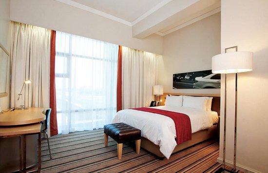 Masa Square Hotel : spacious modern decor rooms