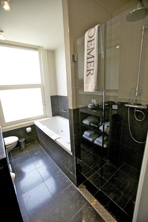 Hotel Roemer: Bathroom