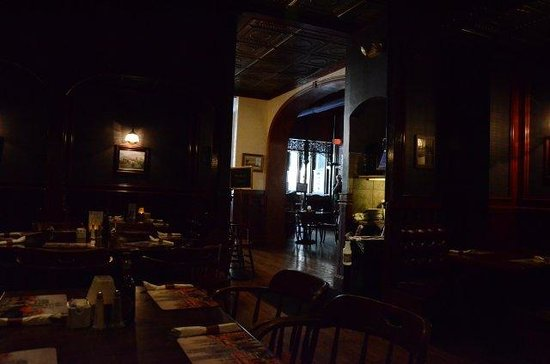 Churchill's Pub: Back room, but underexposed pic