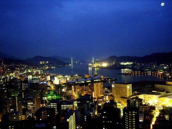 Hotel Nagasaki : 女神橋方面