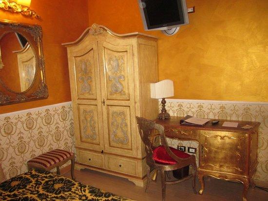 Veneto Palace Hotel: Per pochi bagagli