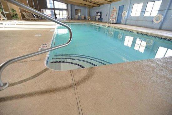 Comfort Inn Santa Rosa : Indoor Heated Pool