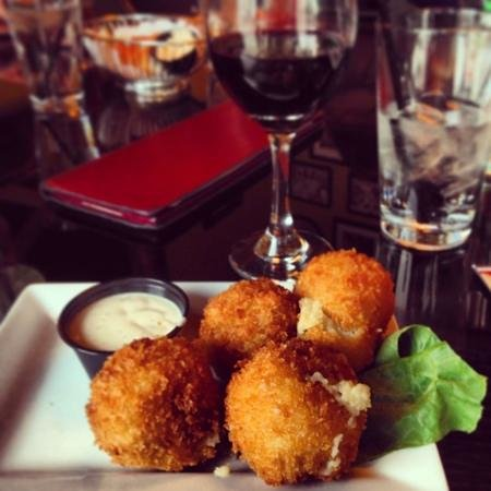 Vicente's Cuban Cuisine: Papas Rellenas - fried mashed potato balls. You MUST try them!