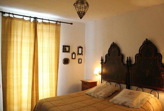 B&B Villa Le Ortensie: Camera Glicine