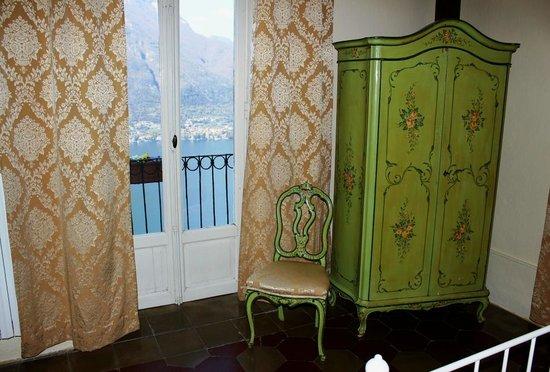 B&B Villa Le Ortensie: Camera Lago view