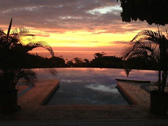 La Mariposa Hotel: Amazing Sunsets