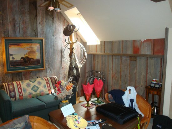 The Suites at Sedona B&B: Boots and Saddles