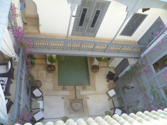 Riad Adore: View from roof terrace to centre of riad
