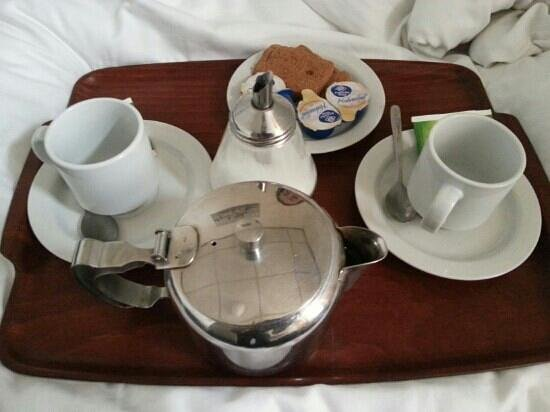 Hotel Aspen: order some tea! so far, the best (and cheapest) we found in the expensive city of Amsterdam