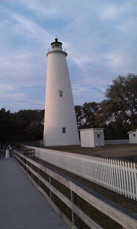 Captain's Landing Waterfront Inn: Ocracoke Lighthouse