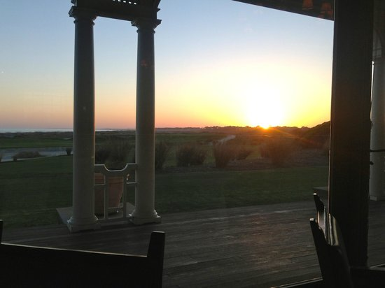 Kiawah Island Golf Resort: Sun Set at Atlantic Room over Ocean Course