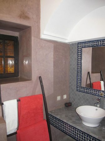 Riad Alnadine: Bathroom